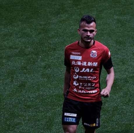 Lucas Fernandes tem sido destaque do Consadole Sapporo, no Japão (Divulgação / Consadole Sapporo)
