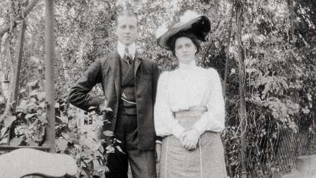 A princesa Alice se apaixonou perdidamente pelo príncipe André da Grécia e Dinamarca quando tinha 17 anos