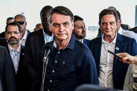 Jair Bolsonaro durante cerimônia de inauguração da alça de ligação da Ponte Rio-Niterói à Linha Vermelha.