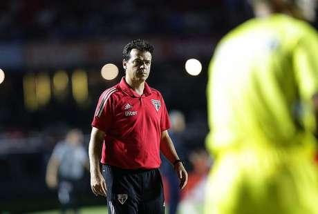 Fernando Diniz foi xingado pela torcida do São Paulo após trocar Pato por Liziero (Foto: Paulo Pinto/saopaulofc.net)