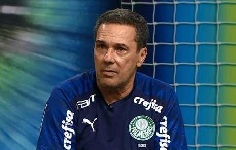 Luxemburgo foi técnico da Seleção Brasileira entre 1998 e 2000 (Foto: Reprodução/TV Gazeta)