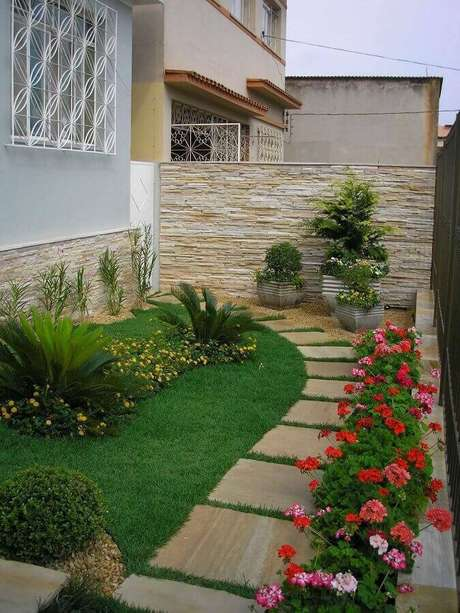 modelo de jardim residencial com flores Foto Pinterest