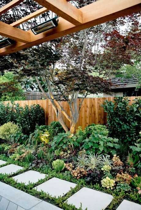 7. To have a beautiful residential garden, you must pay attention to maintenance - Photo: Pinterest
