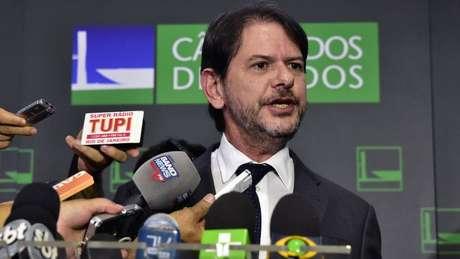 O senador Cid Gomes (PDT) foi baleado em Sobral, no Ceará
