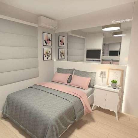 25. Decoração para quarto branco, cinza e rosa – Foto: Laura Zanatta