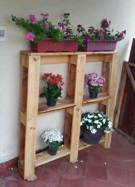 16. Use flores para decorar sua casa – Via: Pinterest