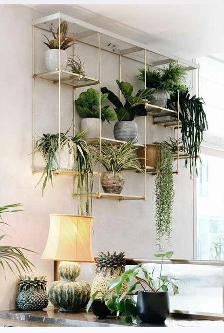 18. Parede decorada com plantas – Via: Pinterest