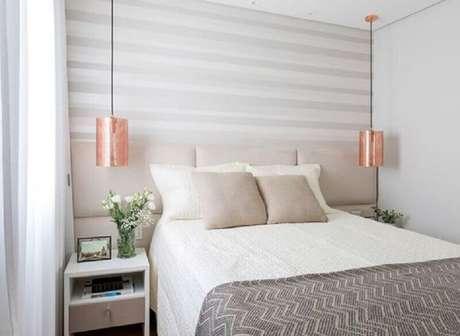 61. Invista na decoração de quarto branco para um comodo pequeno – Foto: Sono Belo Colchões