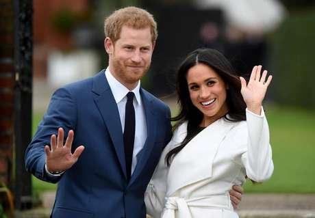 Rainha proíbe Harry e Meghan de usarem marca 'Sussex Royal'