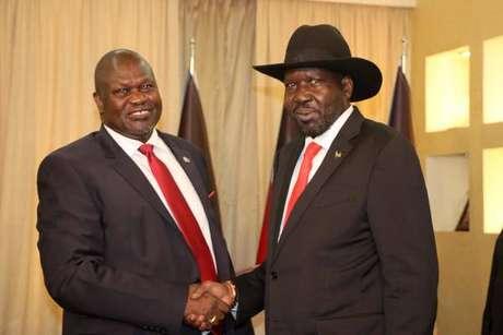 Riek Machar (esquerda) e Salva Kiir (direita) foram aliados até 2013