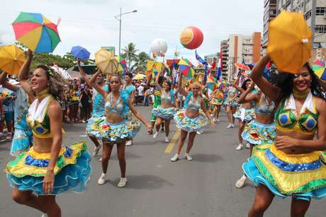 Passistas de frevo no Carnaval do Recife