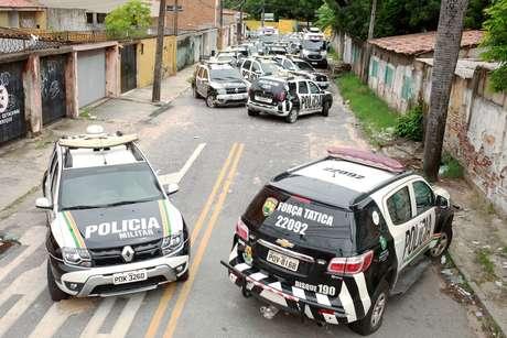 Viaturas da Polícia Militar do Ceará em frente a batalhão durante greve de policiais em Fortaleza 21/02/2020 REUTERS/Lucas Moura