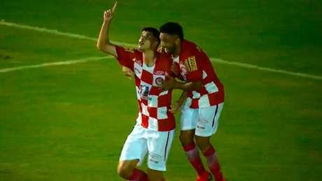 O time azul não suportou o bom futebol do Tombense e saiu derrotado da Zona da Mata-(Reprodução globoesporte.com)