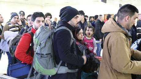 Imigrantes iraquianos na Finlândia; países nórdicos têm tido dificuldades em integrar imigrantes, e mobilidade social não está em alta