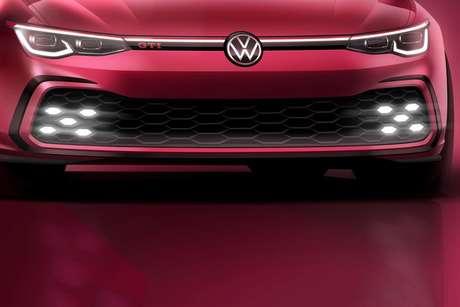 A Volkswagen divulgou um teaser com a frente do novo Golf GTI, que estreia no Salão de Genebra.
