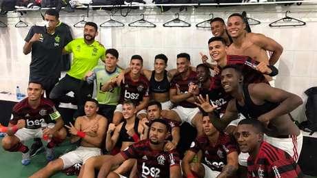 Garotada do Flamengo terminou o Grupo A como líder e com seis pontos (Foto: Divulgação)
