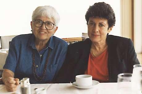 Para o casal, que está há 48 anos juntos, adoção foi artimanha legal