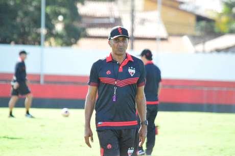 Cristóvão Borges comandou o Atlético-GO em sete jogos (Foto: Divulgação/Paulo Marcos)