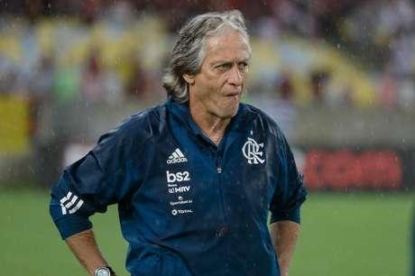 O técnico Jorge Jesus durante partida entre Flamengo e Resende pela quinta rodada da Taça Guanabara