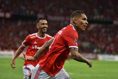 Guerrero marcou o gol da vitória colorada.