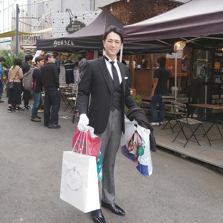 Por dezenas de vezes, Ishii foi namorado, pai, filho ou amigo de seus clientes