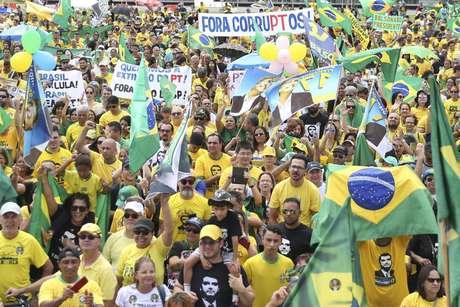 Manifestação pró-Bolsonaro em outubro de 2018, em Brasília, durante a campanha do segundo turno das eleições de 2018
