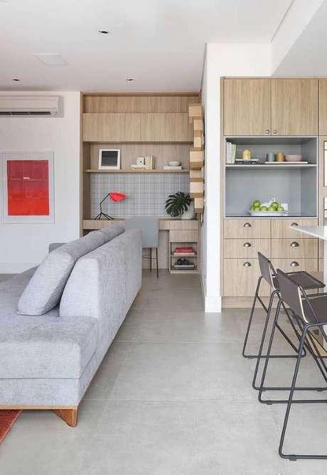 2. Porcelanato cinza claro para sala de estar – Via: Pinterest