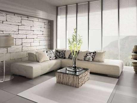 21. Porcelanato cinza claro na sala de estar super moderna – Via: Pinterest