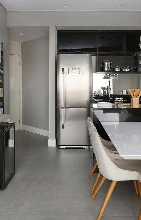 22. Porcelanato cinza na cozinha moderna – Via: Pinterest