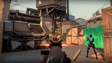 Produzido pela Riot, jogo foge dos padrões estabelecidos em 'League of Legends'