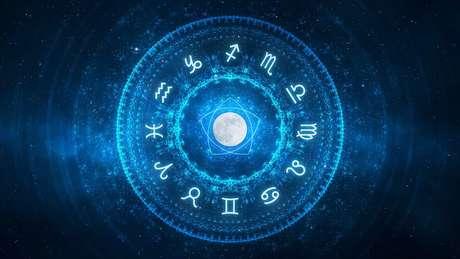 Estudos sobre signos tiveram início há mais de 4 mil anos e sempre tiveram impacto na sociedade, apontam pesquisas sobre o tema
