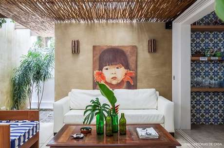 42. Aproveite a iluminação natural no projeto da casa de praia. Fonte Histórias de Casa