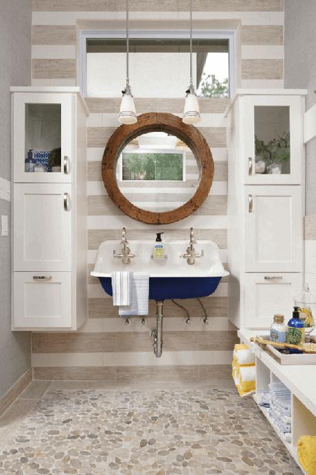 48. Decoração náutica para o banheiro da casa de praia. Fonte: Arquidicas