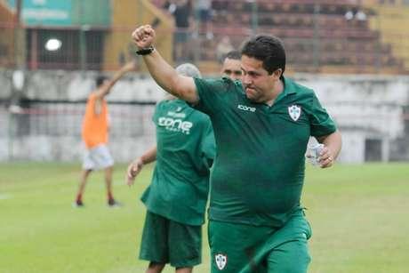 Sob o comando do técnico, são três vitórias, um empate e uma derrota (Foto: Divulgação/Portuguesa)
