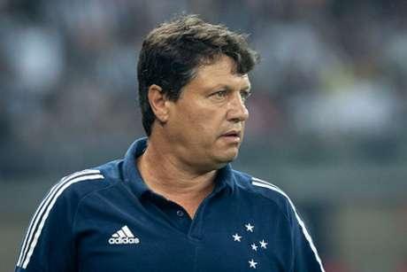 Adilson pediu o apoio do torcedor mais uma vez, agora para o duelo com o CRB, pela Copa do  Brasil-(Bruno Haddad/CRuzeiro)