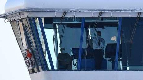 Os passageiros e funcionários do cruzeiro Diamond Princess tiveram que permanecer em quarentena após descobrirem casos de coronavírus a bordo.