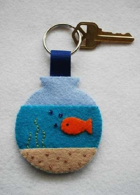 22. Chaveiro de feltro em formato de aquário. Fonte: Pitnerest