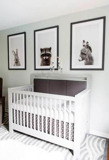 36. Quarto de bebê verde claro com tema floresta – Via: Pinterest