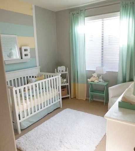 40. Quarto de bebê verde e cinza – Via: Arquidicas