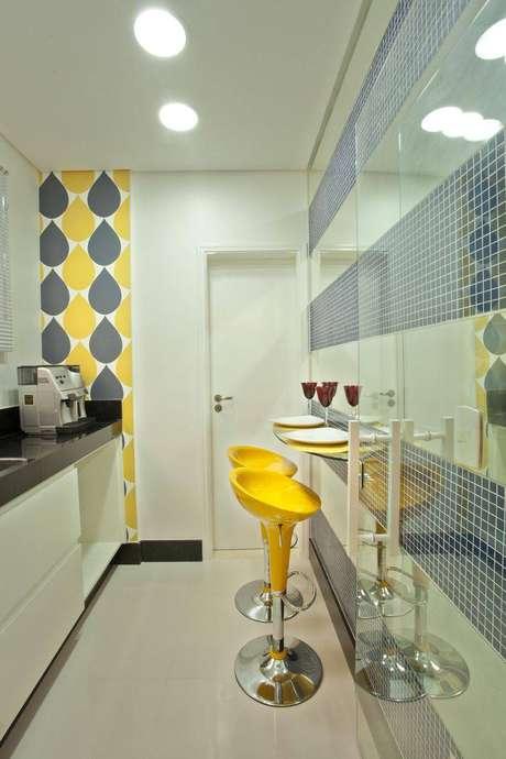 40. As banquetas para cozinhas são excelentes para ambientes pequenas