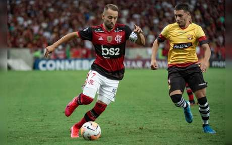 Everton Ribeiro se destacou contra o Barcelona (Foto: Alexandre Vidal / Flamengo)