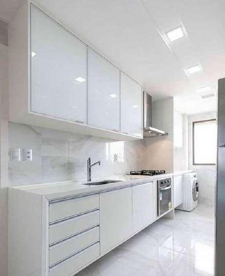 34. Decoração clean para cozinha com lavanderia simples – Foto: Casa Decora