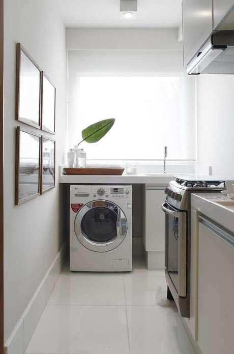 36. Decoração de cozinha com lavanderia simples e pequena – Foto: Pinterest