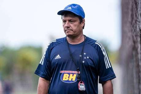 Técnico Adilson Batista foi dispensado pela diretoria do Cruzeiro (Foto: Divulgação/Gustavo Aleixo)