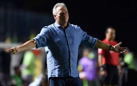 Abel deixa o Vasco com 14 jogos, quatro vitórias, cinco empates e cinco derrotas (Foto: MAURO PIMENTEL / AFP)