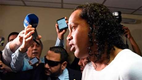 Ronaldinho está preso no Paraguai há 10 dias (Foto: Norberto Duarte / AFP)