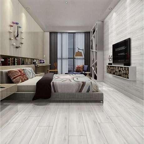 11. A cerâmica foi usada tanto no piso quanto na parede. Fonte: Pinterest