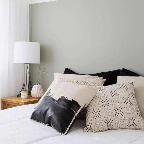 7. Não se esqueça de utilizar bastante almofadas no ambiente com estilo hygge – Foto: Pinterest
