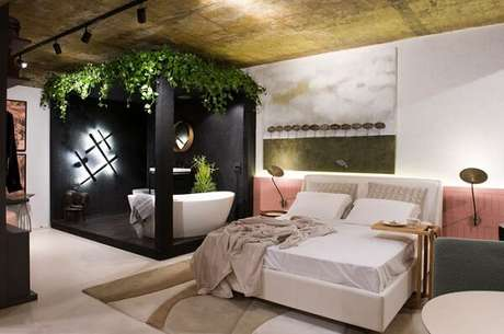 22. Cabeceira de cerâmica rosa para quarto de casal. Fonte: Decortiles