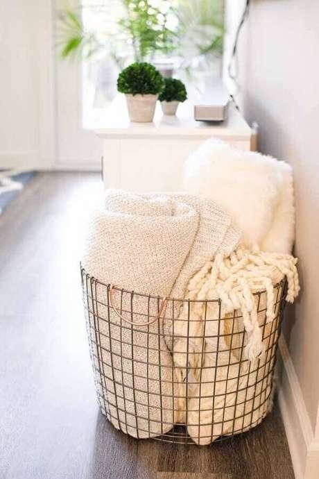 57. Mantas são excelentes para acrescentar o estilo hygge no ambiente – Foto: Style So Simple